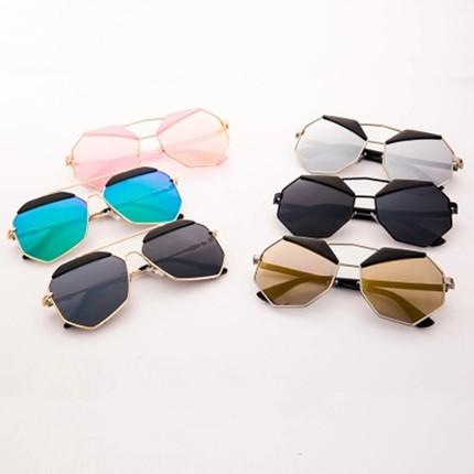 17个性黑色粉色水银热卖不规则多边太阳镜男女司机优雅百搭墨镜