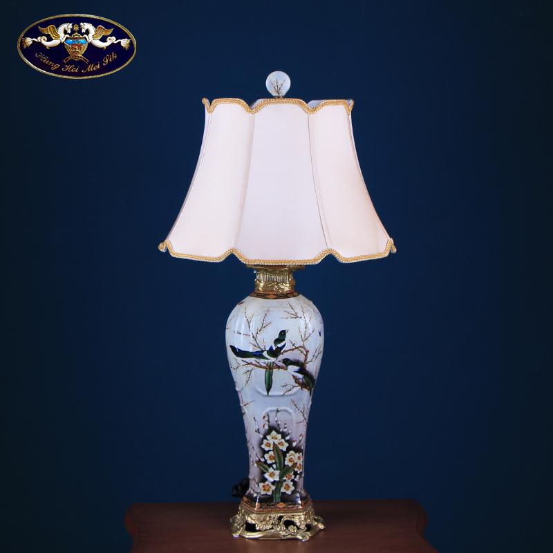 American ceramic desk lamp bedroom berth lamp key-2 luxury European - style retro study creative hand - made lamp sitting room adornment