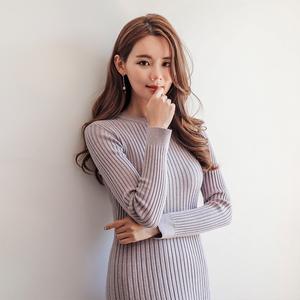 1796#【高档女装】2018新款韩版圆领中长款长袖女装鱼尾...