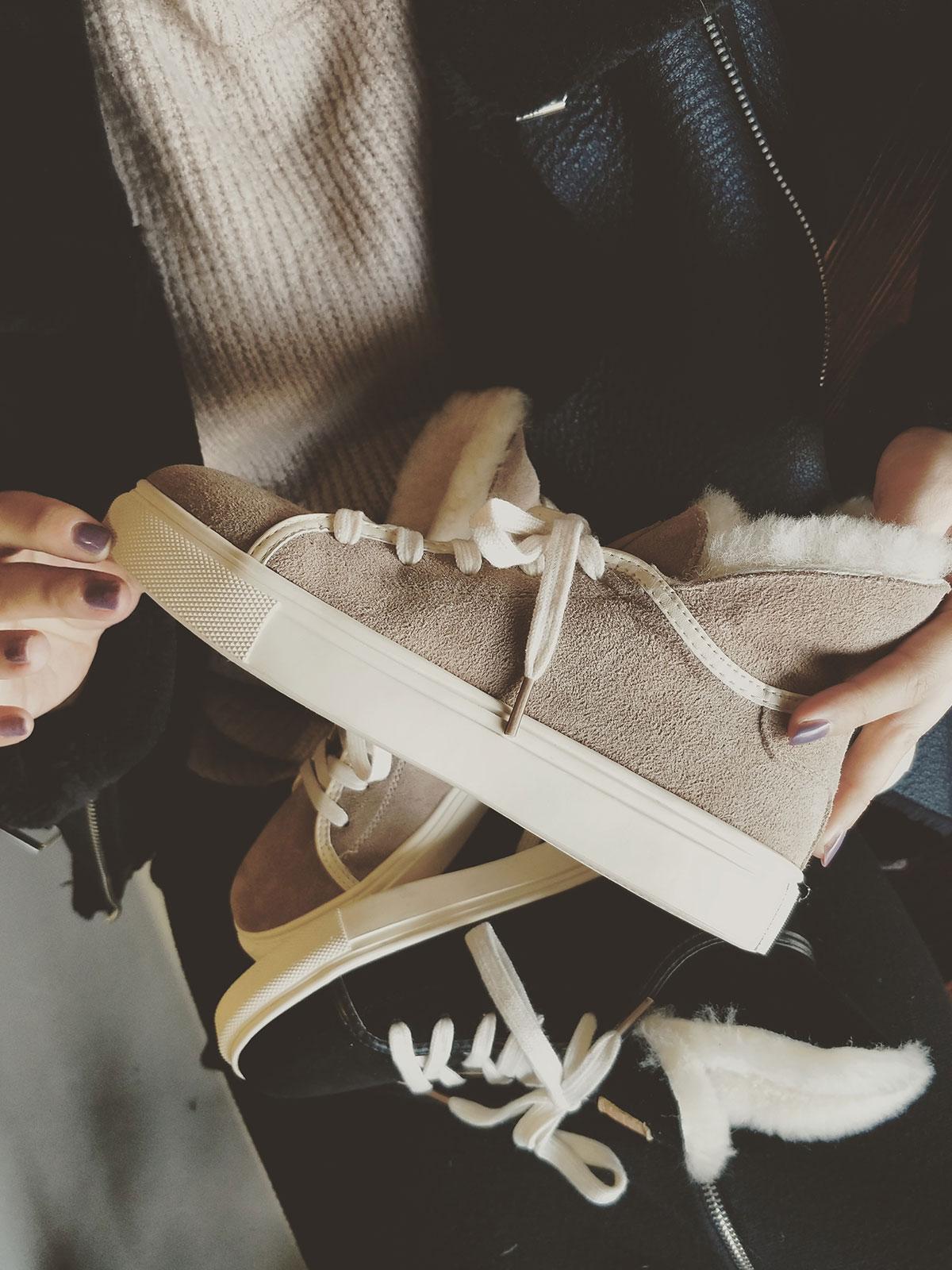 JOJO鞋帽店