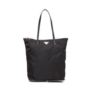 PRADA/普拉达 女士黑色logo铭牌装饰底部印花时尚百搭手提包