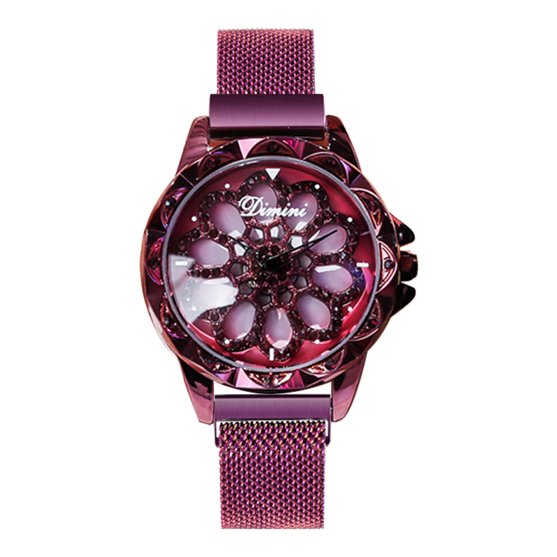When Witis rotates, she runs the net red vibrato with the same lady star watch YJ No. 6 simple female student