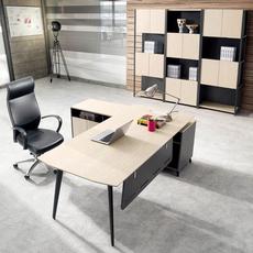 Стандартный офисный стол Artisan