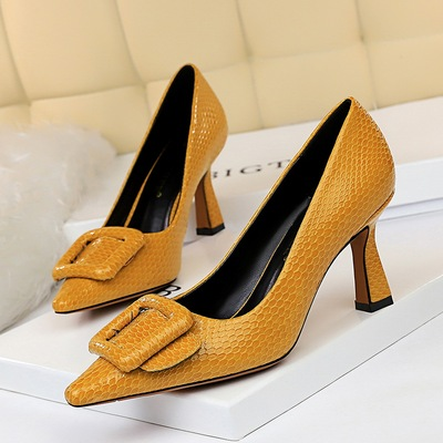 1878-8 European and American professional OL serpentine sexy high-heeled shoes lighter pointed single shoe buckle shoes