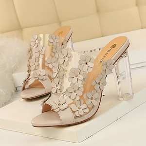 29-7 with han edition fashion transparent crystal and transparent word small flower sweet shoes summer cool high-heeled