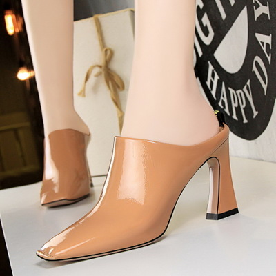 167 European and American fashion contracted wind shoes comfortable thick with high with embroider line coach show thin