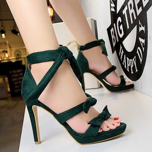 3583-5 han edition three sweet bowknot heels high fashion and women sandals with waterproof hollow out one word