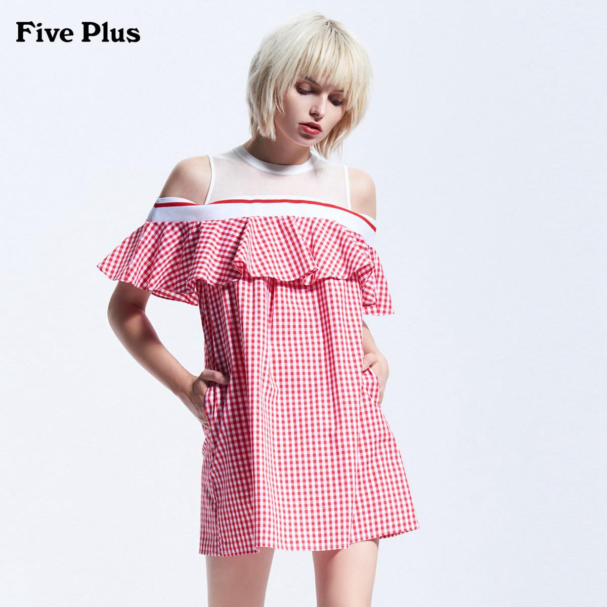 Five Plus2018新品女夏装露肩连衣裙无袖荷叶边拼接宽松A字格子裙
