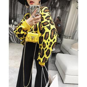 米尺秋装女2018新款加绒卫衣慵懒风圆领豹纹套头长袖韩版宽松上衣