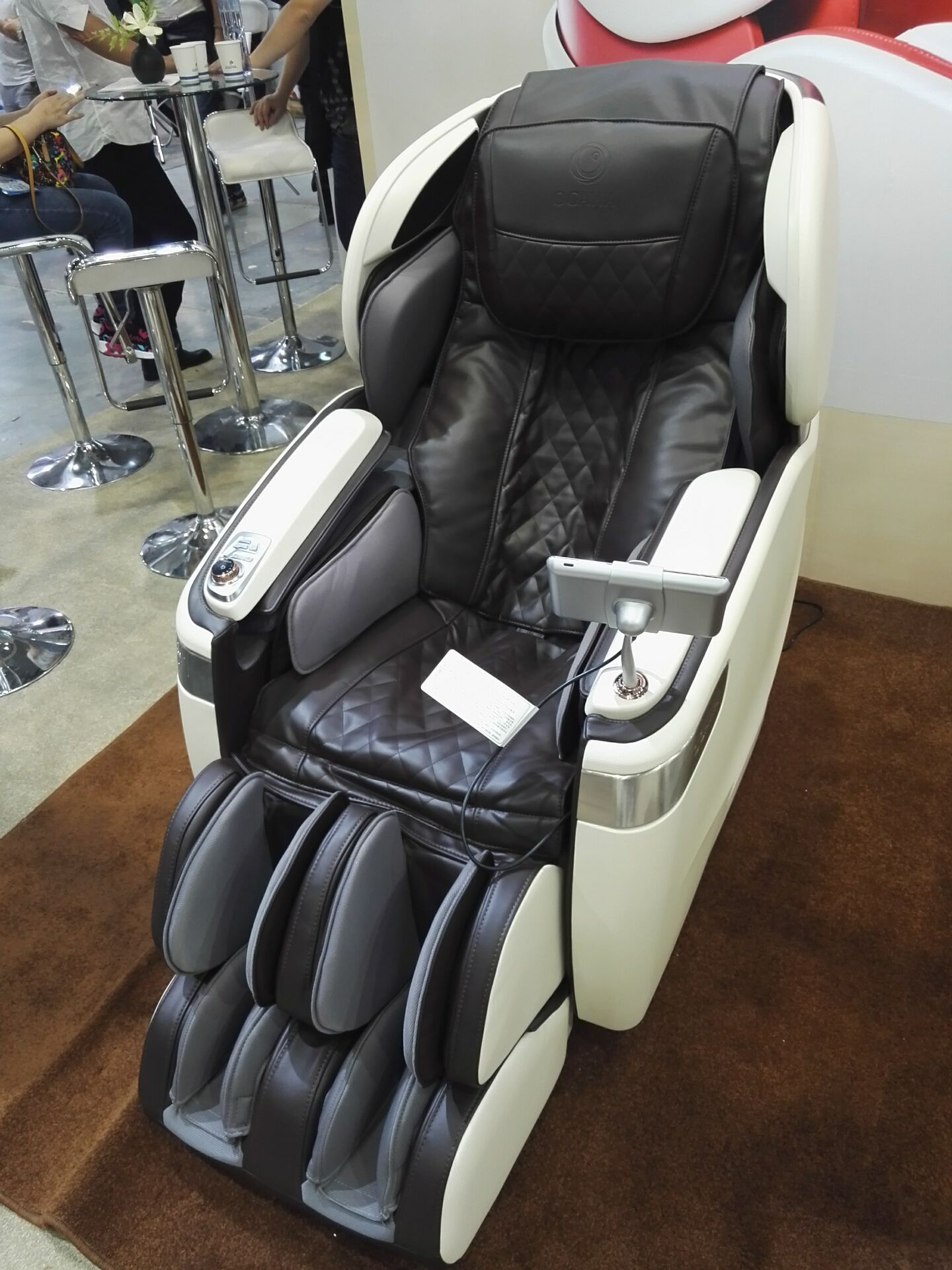 genuine OG 7598C massage chair new listed 4D massage OG7558S