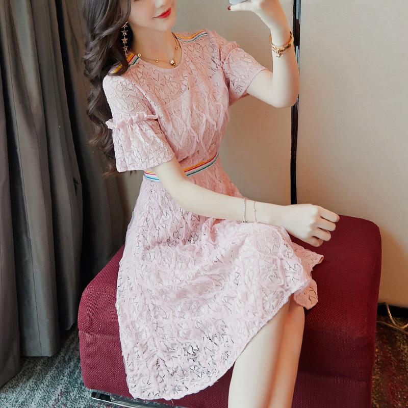 夏装2018新款女装蕾丝连衣裙复古修身短袖夏季裙子时尚圆领a字裙