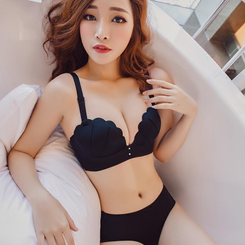蜜色之吻 性感无钢圈一片式无痕内衣女 小胸罩聚拢收副乳文胸套装