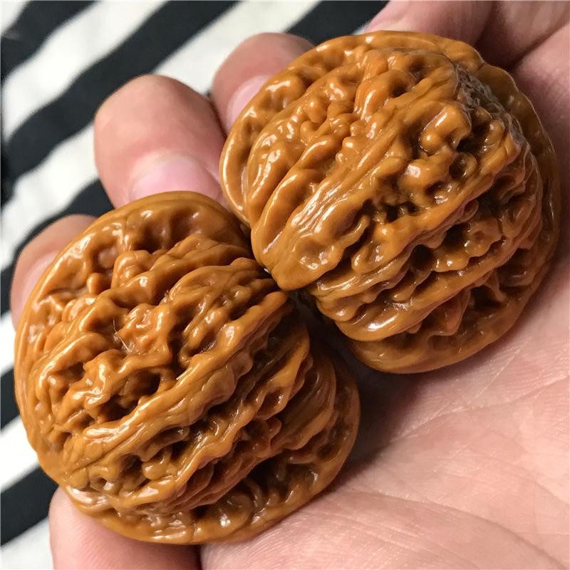 Резьба по скорлупе грецкого ореха Машина щетки пакет пульпа четыре сиденья орех пол из lionhead человек играет грецкого ореха ручной штук играют с сухой грецкий орех грецкий орех кистью 42мм