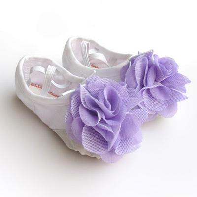 children canvas dance shoes, childrens dance training shoes, Cat Claws shoes, Korean flowers, soft bottom ballet shoes.