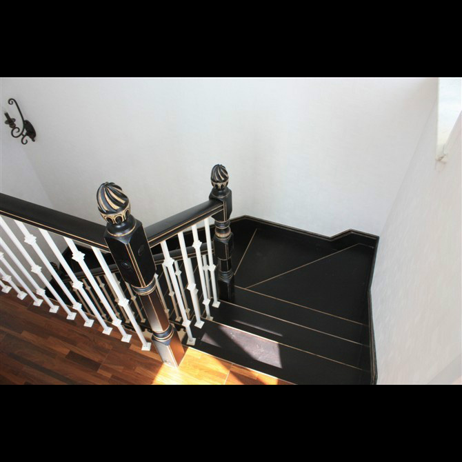 楼尚黑白经典款式楼梯20140013001