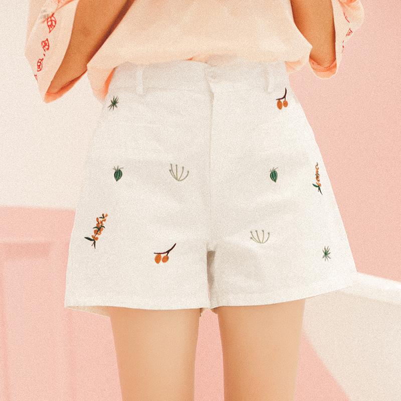 Quần harem/quần sooc/Quần nữ thêu hoa màu trắng phong cách Nhật Bản kiểu dáng rộng rãi phong cách ngọt ngào phong cách học sinh kiểu dáng dễ thương mẫu mới nhất
