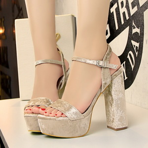 8898-1 the European and American wind fashion sexy club thick with ultra-high with waterproof suede one word with sandal