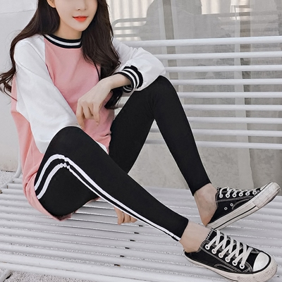Pregnant women's sports pants 2018 new spring tide pregnant women spring trousers stripes women's spring and autumn wear pregnant women pants