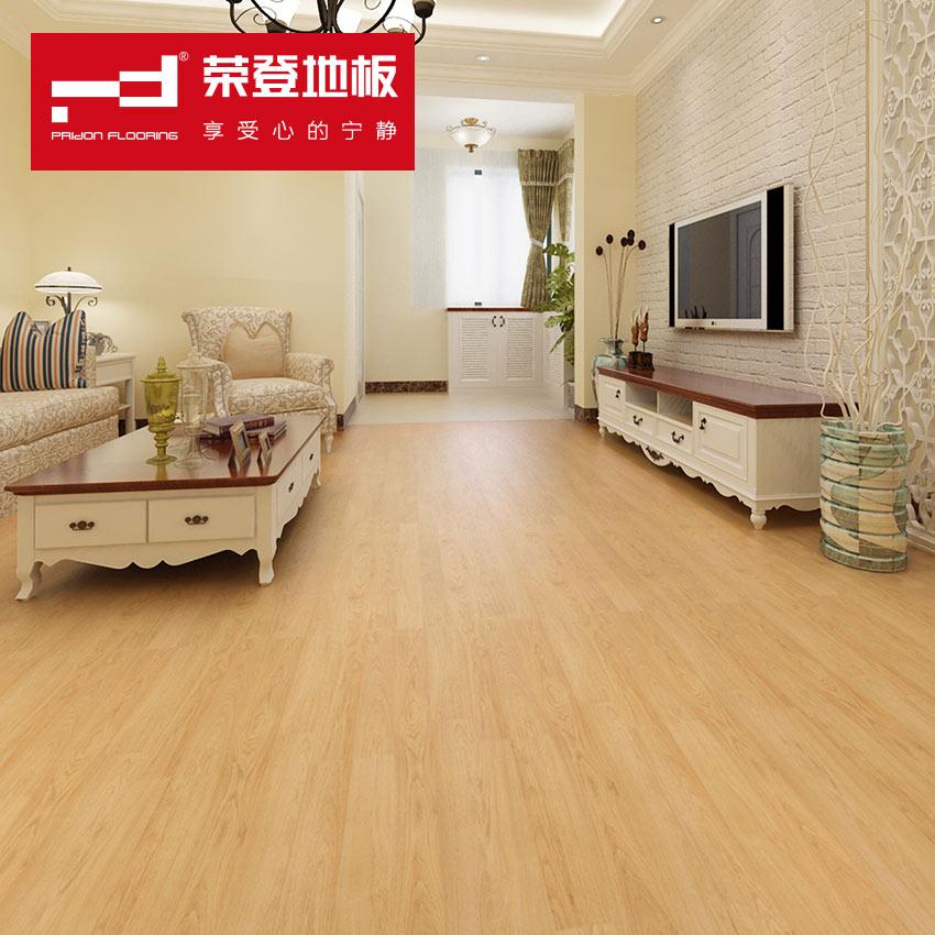 荣登 古朴系列实木复合地板