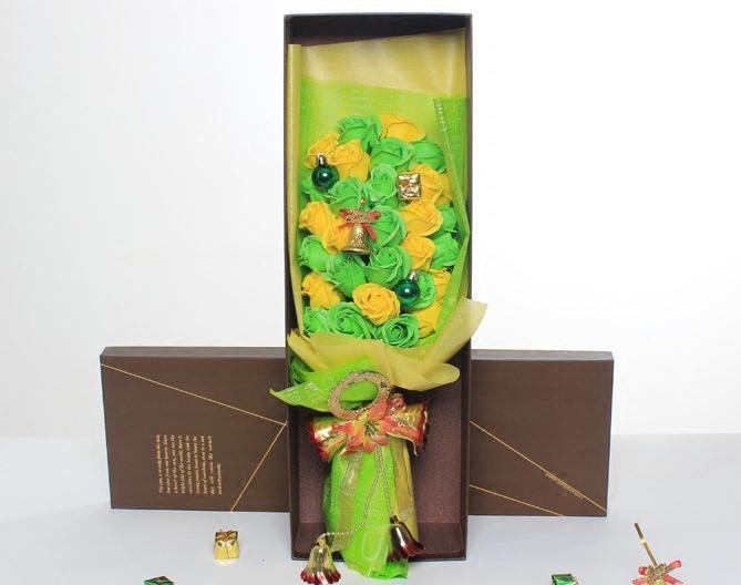 红绿双色圣诞节新款香皂花花束礼盒圣诞爆款必做款创意惊喜礼物
