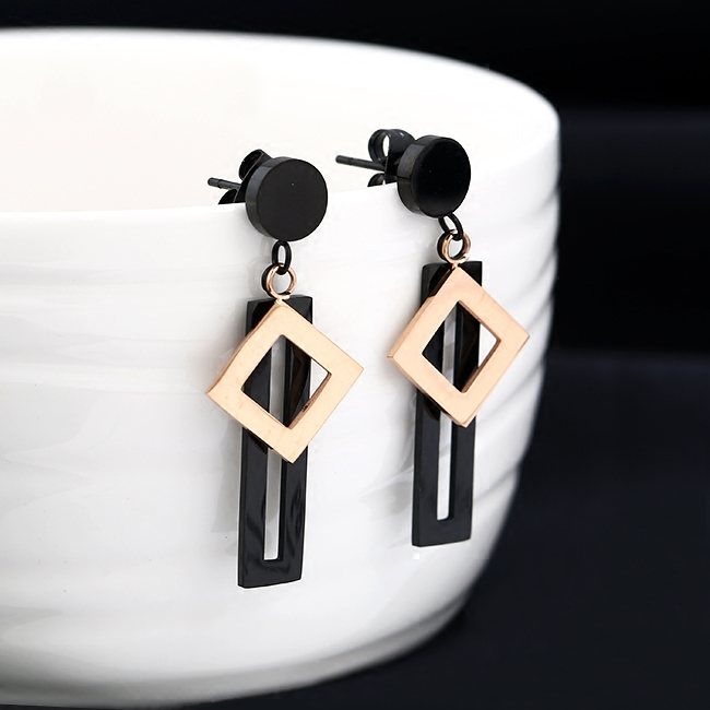 South Korea's new black square diamond multi-layered rose gold earrings female European and American fashion simple temperament earrings accessories
