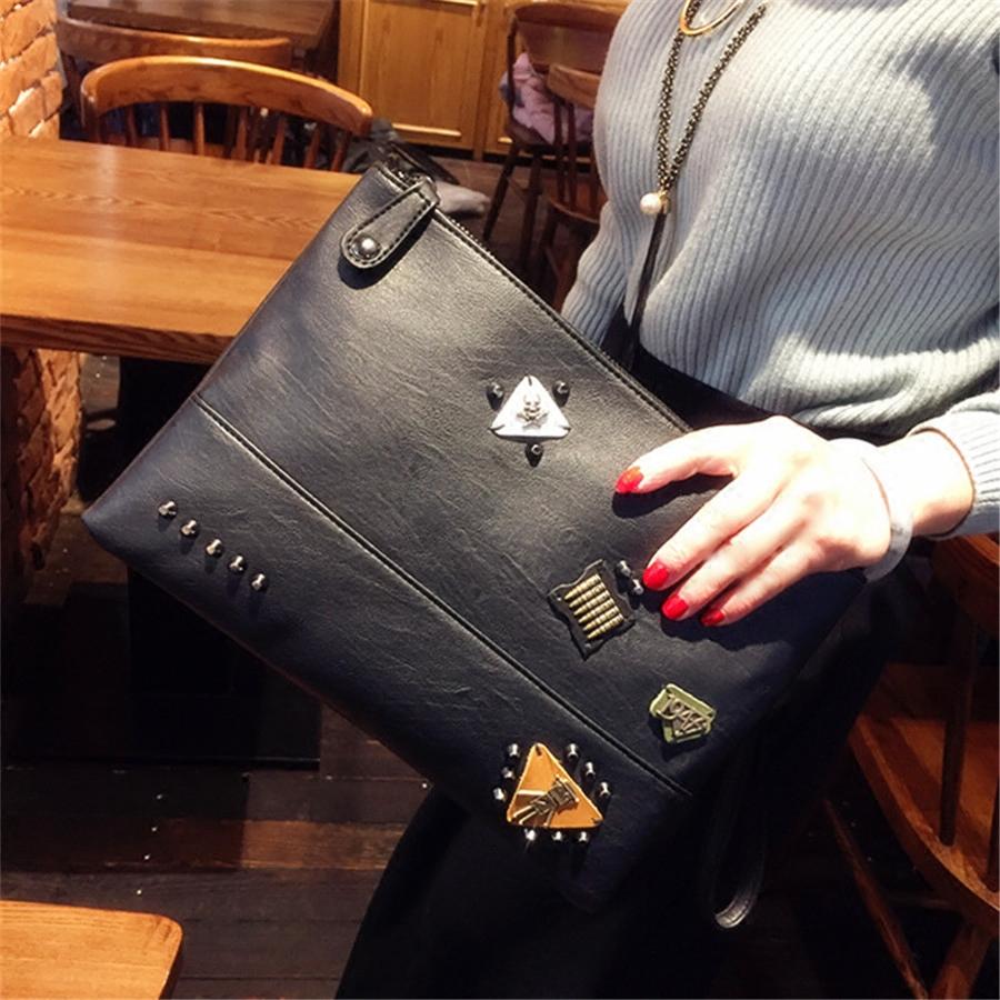 2017新款手拿包女铆钉信封包潮女个性手抓包大容量手包单肩斜跨包
