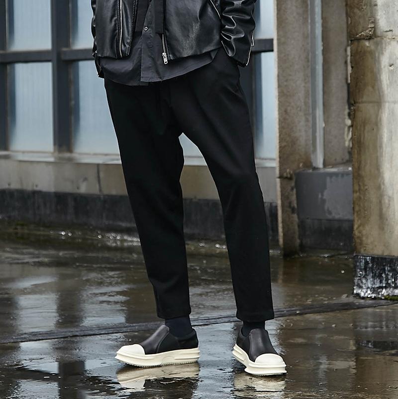 山本耀司风格黑色流行秋季收腿休闲暗黑小众潮流发型师男九分裤