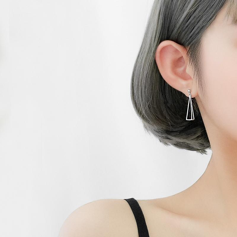 【巷南】925纯银几何三角耳钉网红短发适合圆脸的耳环会动的耳饰