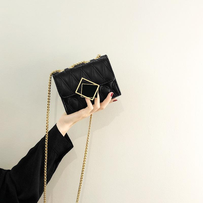 今年流行迷你小包包女夏2021新款潮时尚链条斜挎包网红百搭小方包