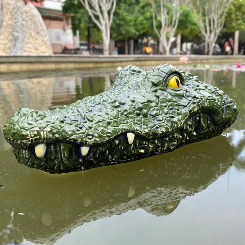跨境电商热卖抖音仿真鳄鱼头遥控船充电动水上恶搞儿童玩具船模型