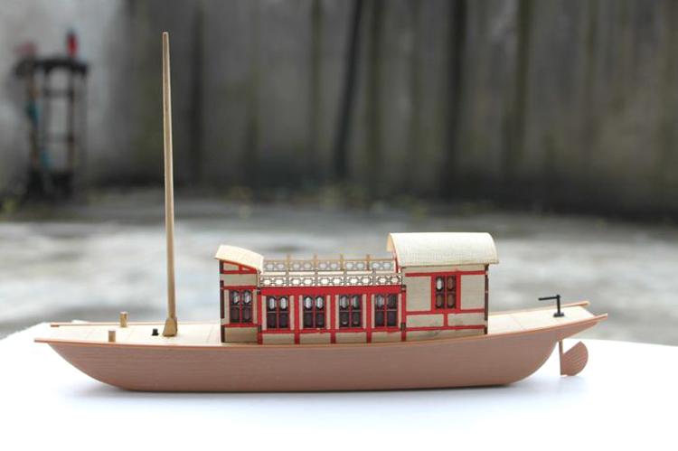京杭运河中国漕船槽船模型电动喷水船模型怀旧益智拼装儿童玩具