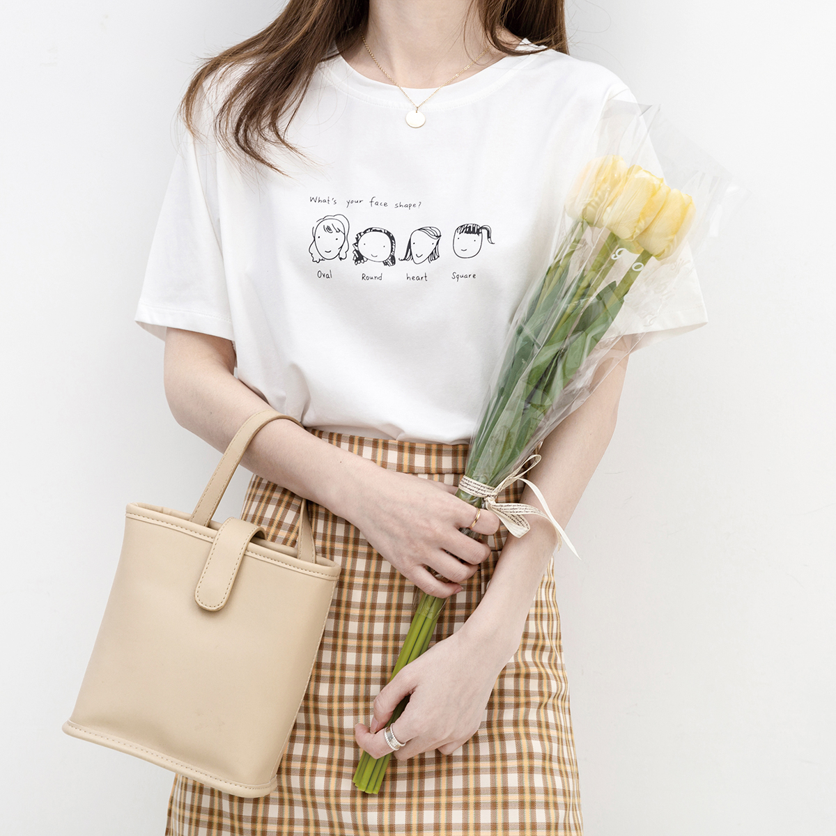 看脸型/早安日记2021夏季新款百搭打底上衣字母印花宽松短袖T恤女
