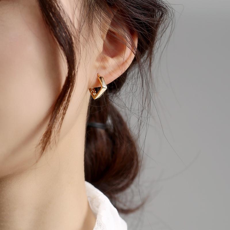方形耳钉2021年新款潮金色耳圈女短发个性耳环女气质时尚耳扣韩国
