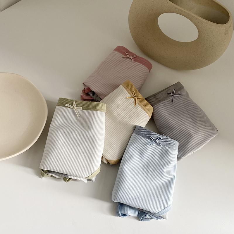 Blue Sock安心条纹简约生理裤/少女简单舒适防侧漏柔软中腰内裤