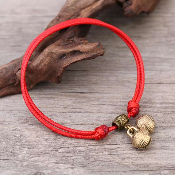 String red line Japan and South Korea boys and girls tiger head Qiankun line red rope bracelet red anklet rope preparation section brand new bell