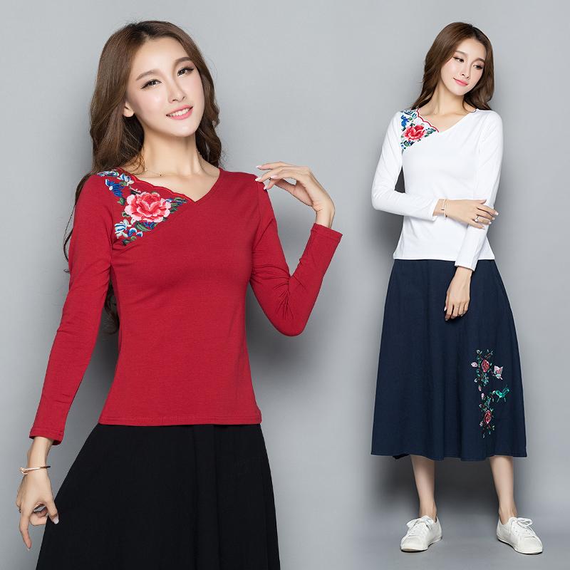 常规民族风秋装新品绣花打底衫上衣T恤不对称V领冻龄女装百搭衫