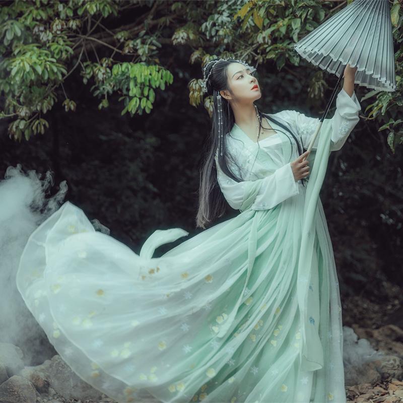 华姿仪赏踏雪寻梅汉服原创设计汉服女装六米摆齐腰裙日常百搭夏