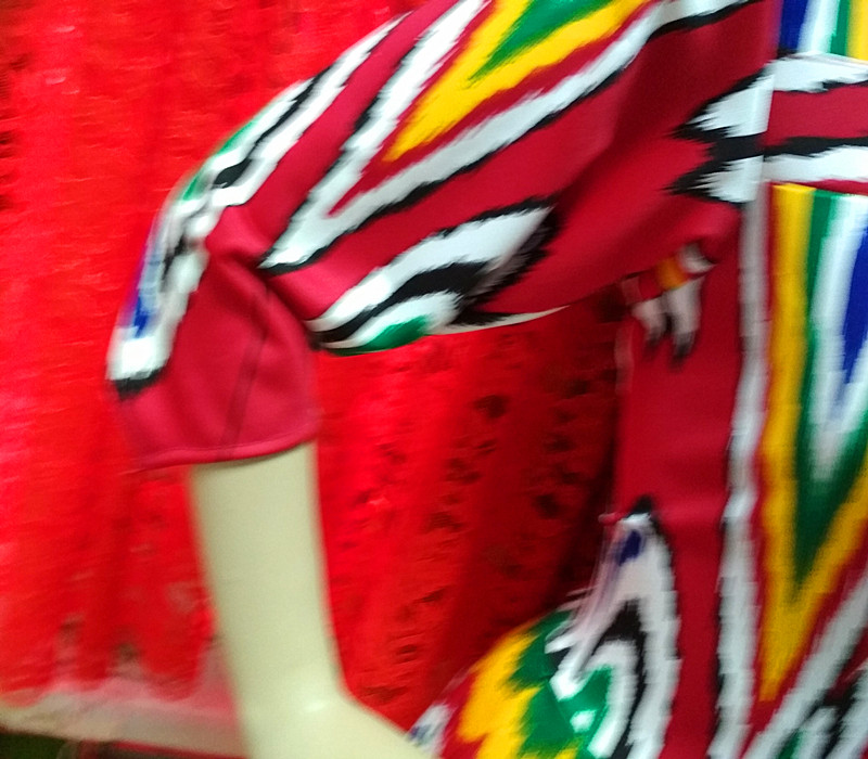 新疆维吾尔族少数民族手工特色舞蹈演出服装特价女款新品