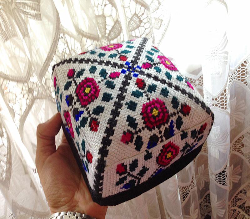 乌兹别克斯坦进口手工制作手工地毯版小花帽女新款/包邮