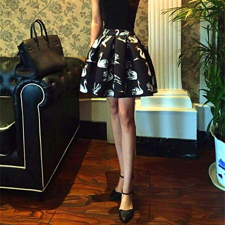 春秋韩版高腰印花蓬蓬裙修身百褶短裙防走光黑色半身裙A字裙包邮