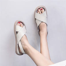 Women's 2018 new fashion Korean leather tendon soft bottom sandals flat bottom ladies retro pregnant women cross shoes