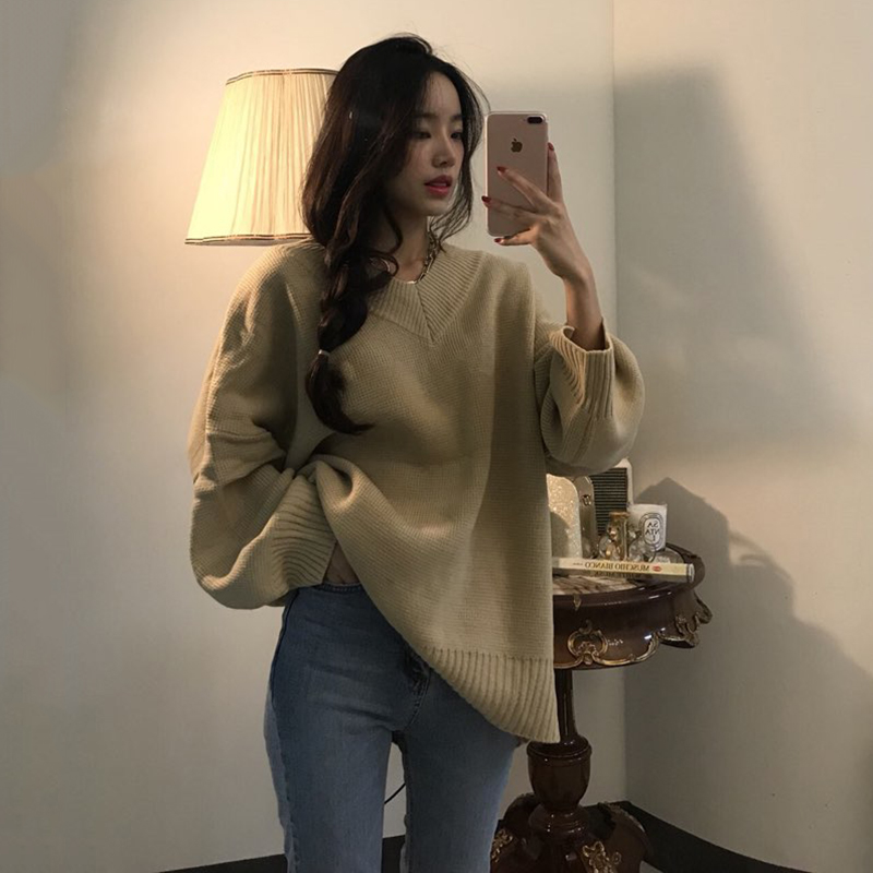毛衣女2018新款韩版宽松慵懒风 v领套头慵懒中长款紫色锁骨上衣