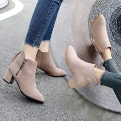 靴子女2018新款秋冬中跟靴尖头马丁靴粗跟流苏短靴女真皮女靴小码
