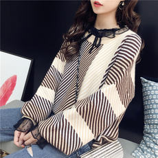 Retro port wind sweater women's head autumn new Korean version of the loose round neck small fresh knitted jacket autumn coat