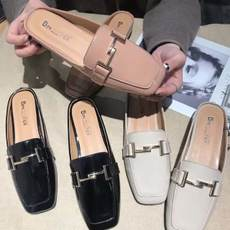 2018 spring and summer new bright leather square head flat bottom casual half drag metal chain baotou slippers lazy shoes word drag