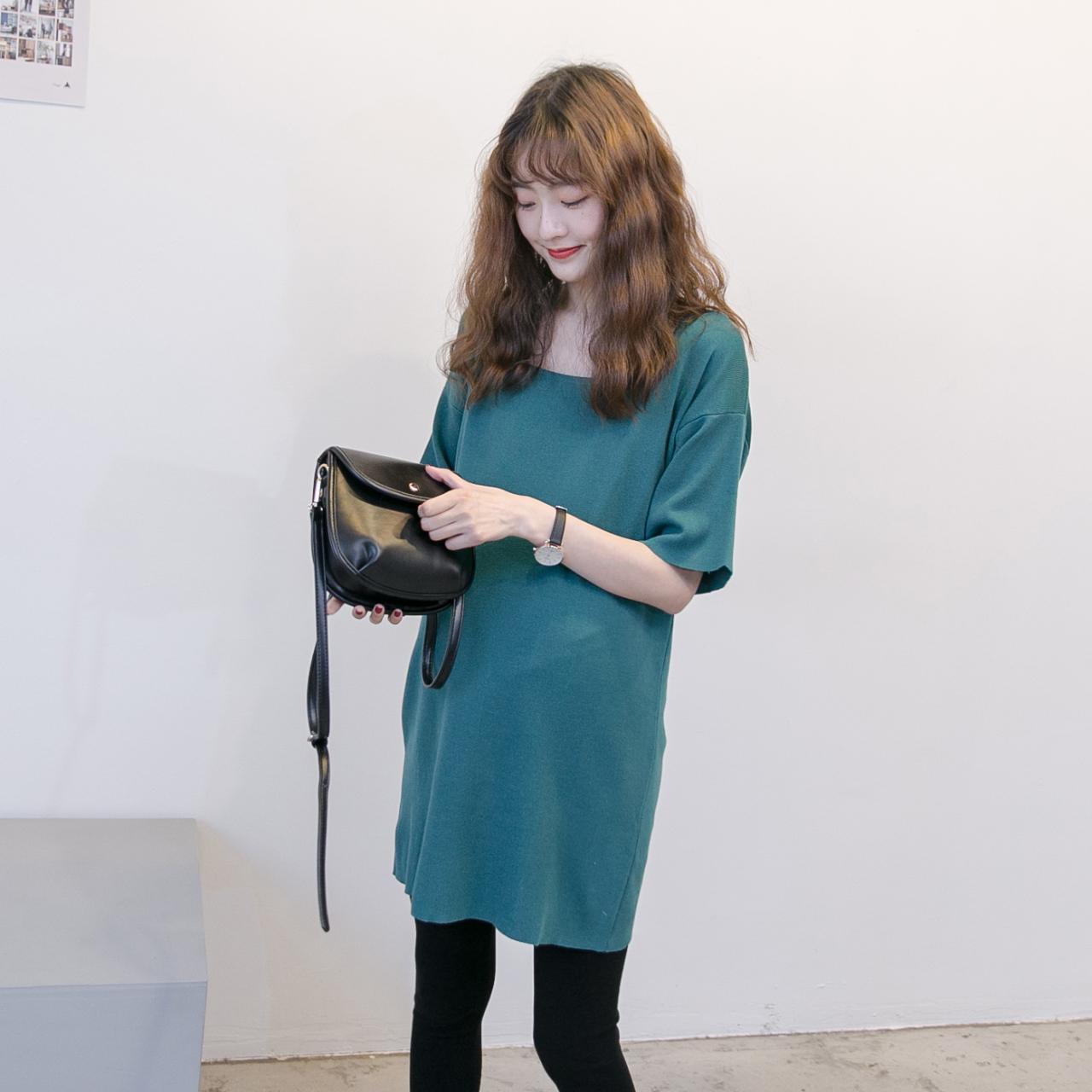 孕妇春夏装2019时尚新款针织T恤裙纯色休闲短袖潮妈中长连衣裙潮