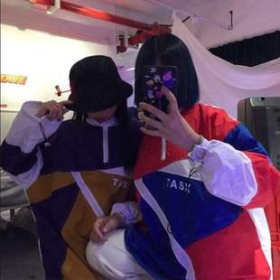 ins韩版原宿学院风学生女宽松bf情侣外套薄款套头卫衣春装外套。