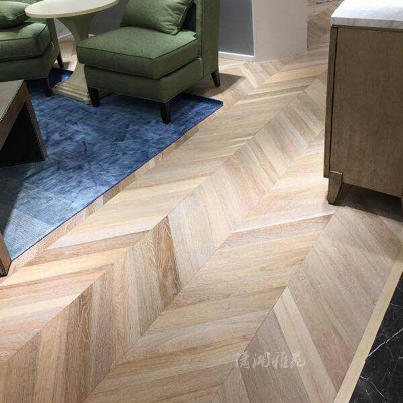 设计师白橡木人字拼地板鱼骨拼地板北欧风格实木复合地板厂家直销