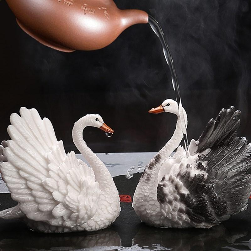 茶玩招财饰品喷水开水一烫变色的茶宠可爱茶具摆件创意个性泡茶
