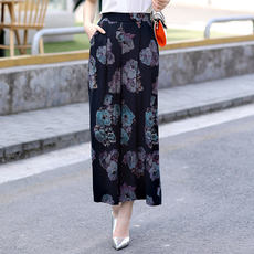 2018 summer new middle-aged and old women's pants wide-leg pants large size elastic waist cotton and linen pants women's wear nine pants